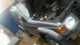 Mitsubishi shoguen 3l v6 breaking