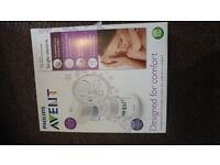 Avent electric and manual breastpump. BRAND NEW