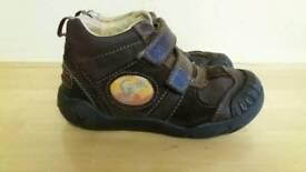 8 1/2 G Boys Shoes