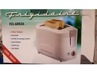 Brand new 2 slice toaster