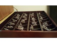 Dragon & wizard chess set made by tudor mint