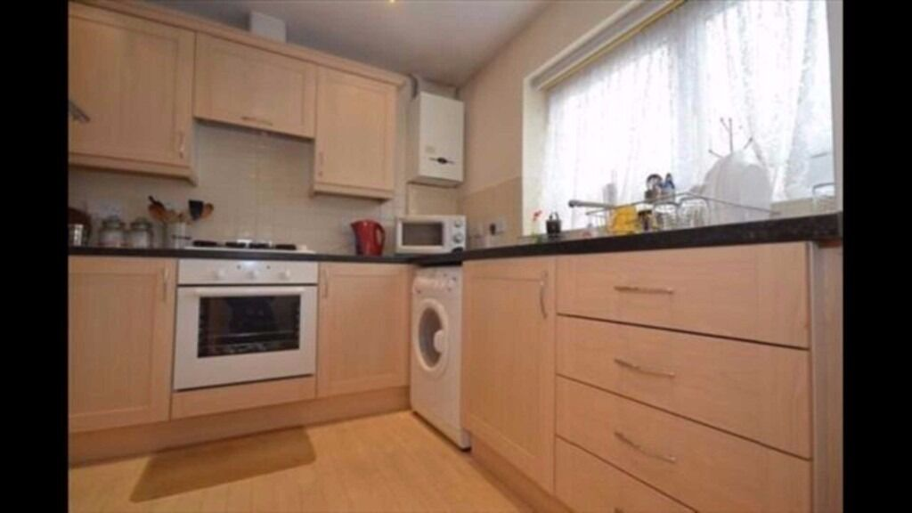 Large 4 double bedroom house with front drive and spacious rear garden now available in East Ham!