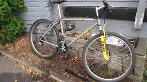 *FULLY TUNED* 18 Inch TREK 830 Mountain Bike, ONLY $219