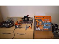 RENOVATOR TWIST-A-SAW EXCELLENT CONDITION IDEAL FOR YOUR DIY PROJECTS