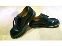 Unisex Black Patent leather Doc Marten Shoes Size 6