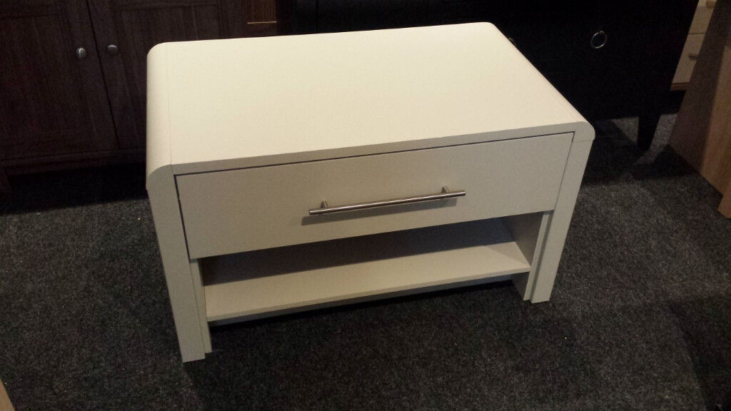 EX-DISPLAY GREY WOODEN 1 DRAWER COFFEE TABLE/TV STAND