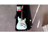 Fender BlackTop HH Stratocaster Plus Hard Case MINT CONDITION