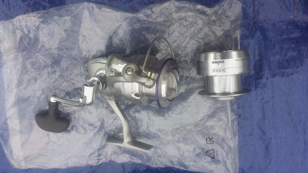 FISHING REEL DAIWA EXCELER PLUS 3000E MATCH REEL EX3000E
