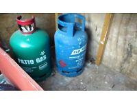 2no gas bottles 13kg