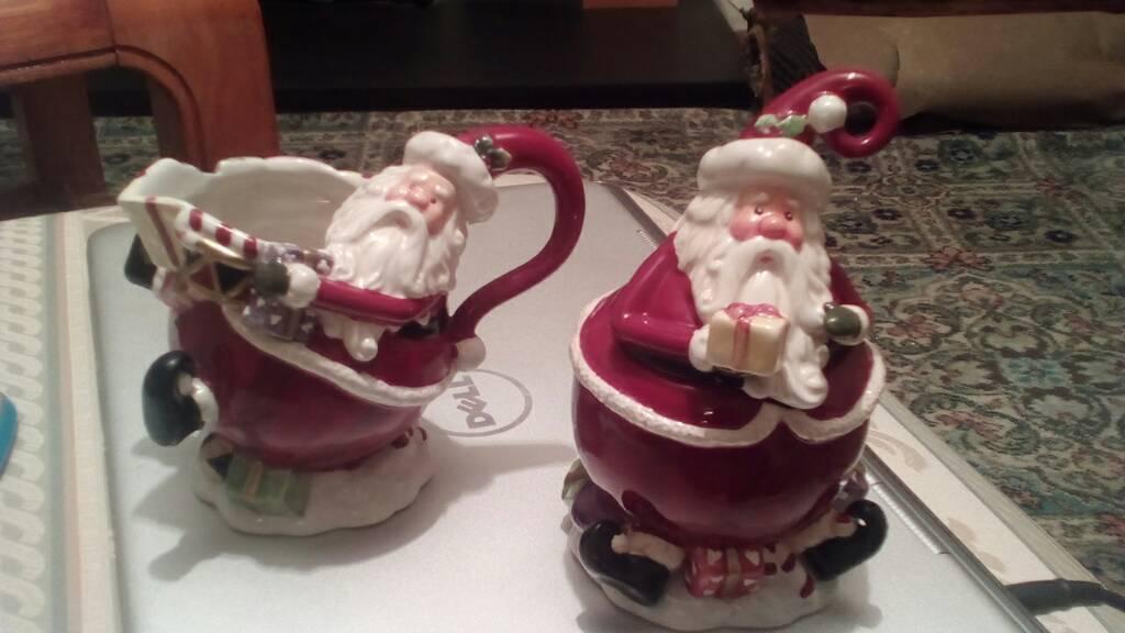 Santa serving ceramics