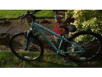 Ladies Apollo mountain bike (26 inch wheels / 14 inch frame)
