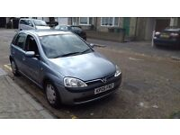 Vauxhall corsa 1.4 with low milage.5 door hatch.air con and cd system.