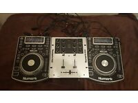 NUMARK NDX 400 CDJ TURNTABLE WITH MIXER AND CARRY CASE