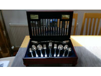 Viners 58 Piece Guild Silver Collection Canteen