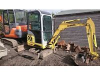 2005 COBELCO E16 MINI EXCAVATOR WITH THREE BUCKETS LOW hrs NO VAT