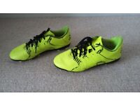 Boys Adidas football boots with studs size 3 great condition
