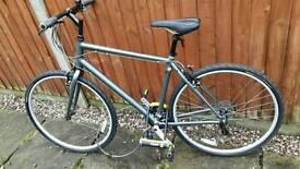 Ridgeback hybrid bike new condition