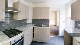 5 bedroom house in Hampshire Road, London, N22 (5 bed) (#1149388)
