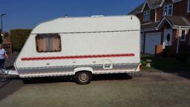 Cristall sprint xl caravan 4 berth excellent condition .motor mover