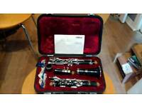 Yamaha clarinet ycl26 with case