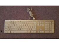 Apple Keyboard US-English with numerical Keypad
