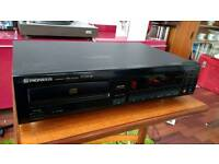 Pioneer PD-102 CD player