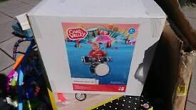 New in box Metal heavy duty children's drum kit.