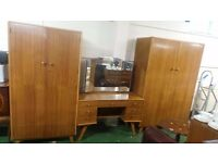 Retro Vintage Dressing Table with two wardrobes can deliver 07989088223