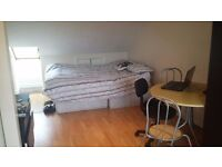 New STUDIO to let / rent E17, minutes walk to walthamstow central & blackhorse roadCLEAN QUIET HOUSE