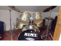 5 piece Drum Kit - Mapex V series