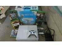White Xbox One + 8 games