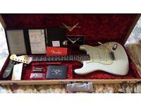 Fender Custom Shop Limited '59 Strat Journeyman Relic (Super-Faded Sonic Blue)