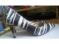Ladies Red Herring, grey & white shoes, size 6