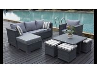 BRAND NEW BOXED 9 SEATER RATTAN EFFECT FURNITURE SET