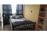 Double Room available to rent in 4 Bedroom flat in Battersea