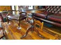 Lovely brown solid wood table, Excellent condition