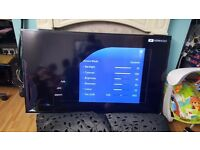"""Samsung 60"""" Smart 3D LED TV with built in Wi-Fi - screen damaged on corner"""
