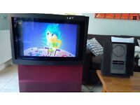 Bang & Olufsen Avant motorised tv + beo4 remote