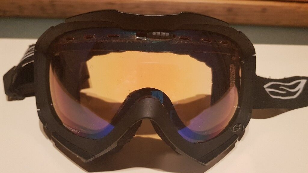 Smith Prodigy Ski & Snowboard Goggles, Black, Medium to Large