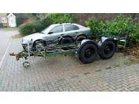Plant and car trailer