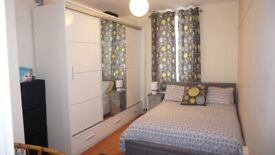 *DSS WELCOME* Spacious 2 Bedroom Flat with Living Room and Balcony in Bow E3
