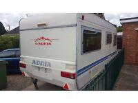 Adria unica caravan, fixed bed