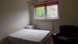DOUBLE/ TWIN ROOM IN TOWER HILL