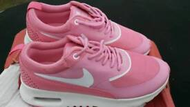 Nike trainers women
