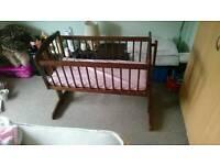 Rocking crib very nice