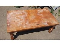 pine coffee table good condition only £10