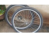 Front and rear Bicycle wheels - 26""