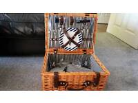 Picnic hamper for 2 , never used as unwanted gift