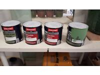 Paint. 4 x 2.5 Litre Gloss and undercoat Green