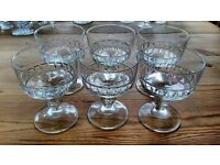 Set of 6 Vintage Glass Trifle Glasses / Dessert Dishes